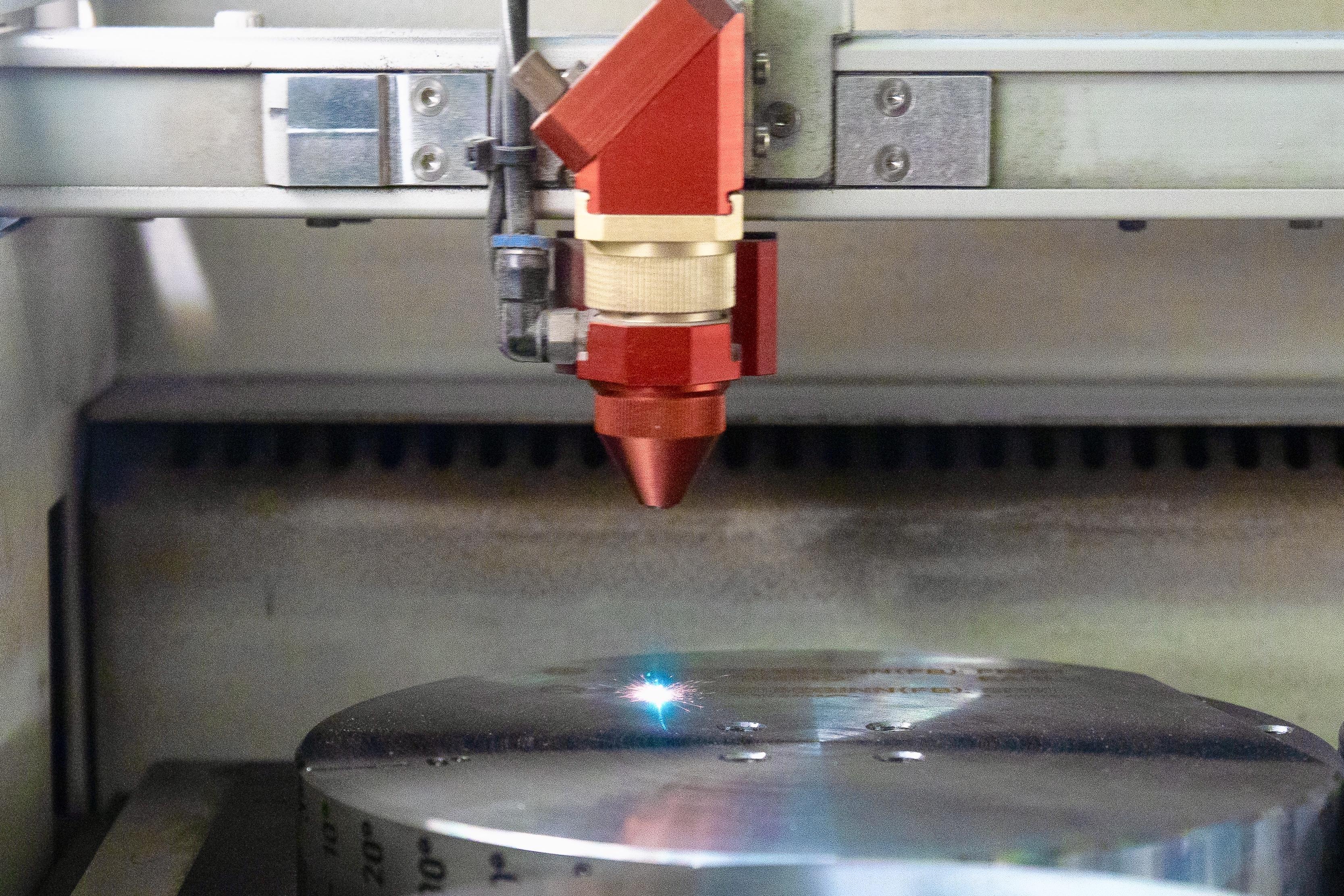 Laserbeschriftung, Naujok Gravierwerkstätte GmbH & Co.KG